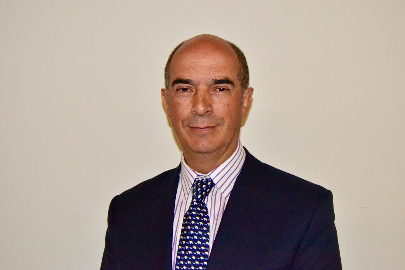 Dr. Alejandro Fernández Duque