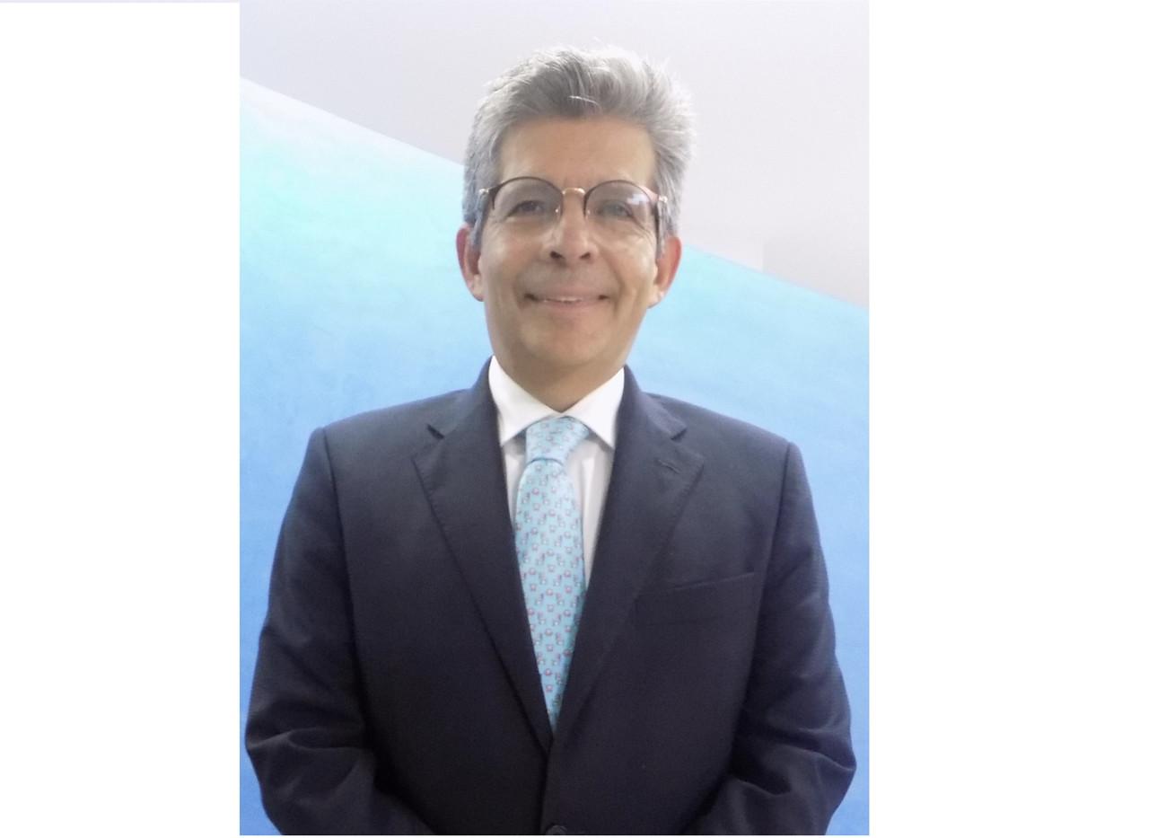 Dr. Milton Salazar Rey