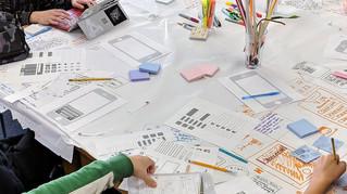 هذا ما يحدث عنما يحل الطلاب مشاكلات وسائل التواصل الاجتماعي من خلال التفكير التصميمي