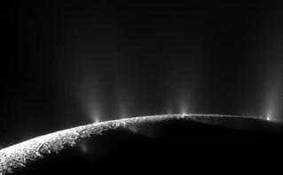 تشغيل المحيط النشط لقمر كوكب زحل