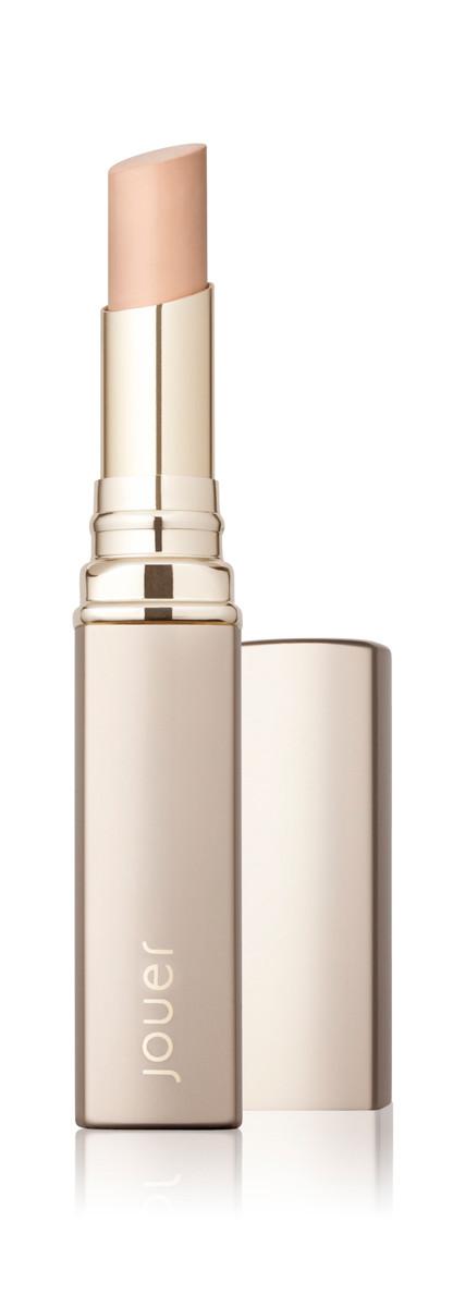 Cosmetics_lipstick_still-life.jpg