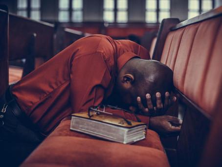 Quand vous priez, remettez vos soucis à Dieu