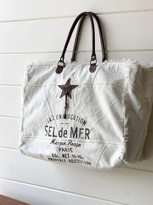 Smashing Weekender Bag