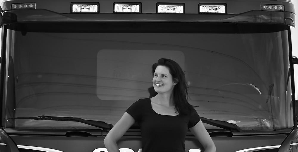 Verzekeringsspecialist wordt vrachtwagenchauffeuse