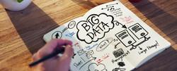 bigstock-Businessman-Writing-on-a-Noteb-cortada-3-73895629.jpg