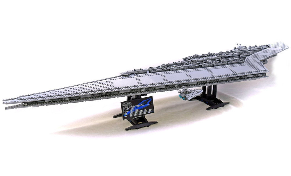 Image of LEGO Super Star Destroyer building set