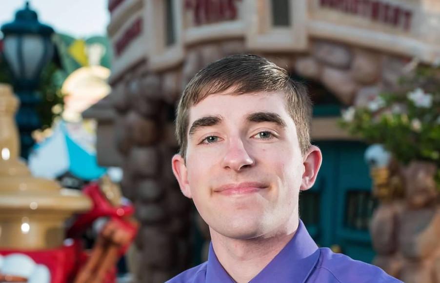 2019: Disney Cast Member