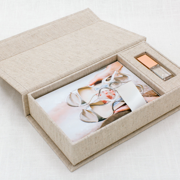 The keepsake baby box