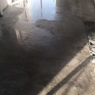 Curing of ECOCON lightweight concrete screed