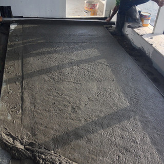 Levelling of ECOCON lightweight screed