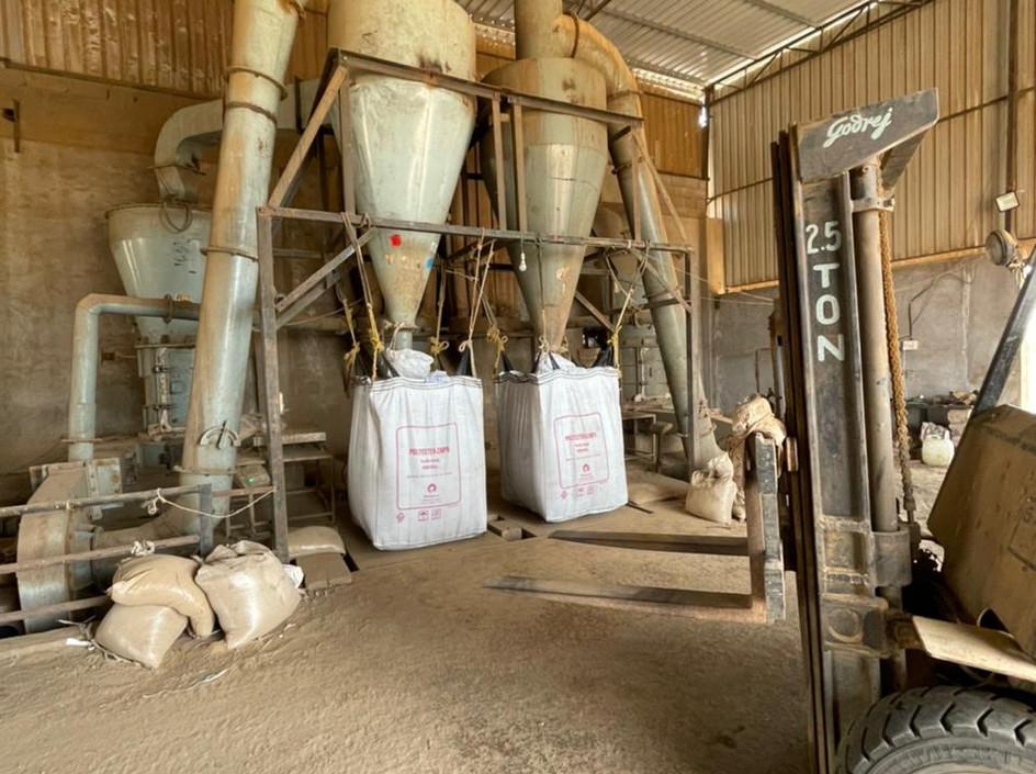 Bentonite Powdering Units