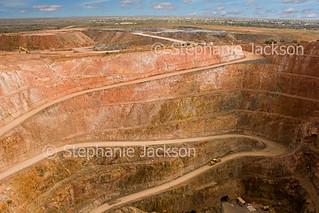 Open cut mine at Cobar - IMG 5823