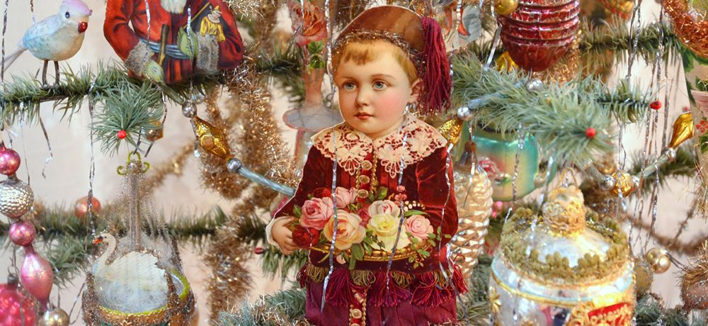 Dresden Star Ornaments, Fig Twig Market, Ferndale Victorian Village  Ca, shabby chic, vintage, up-cycled,
