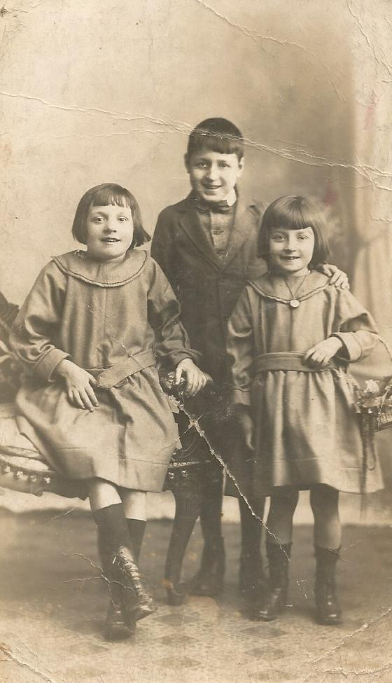 The children   Elizabeth, Joseph & Mary Jane