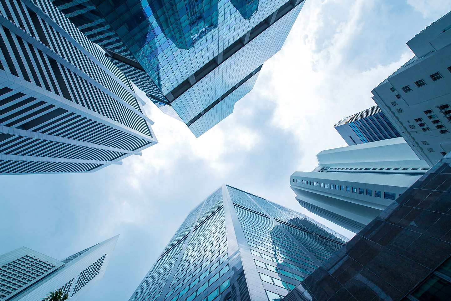 view-modern-business-skyscrapers-glass-s