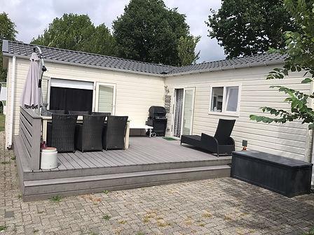 het exterieur van 5-persoons vakantiehuisje 60-5 op vakantiepark TerSpegelt