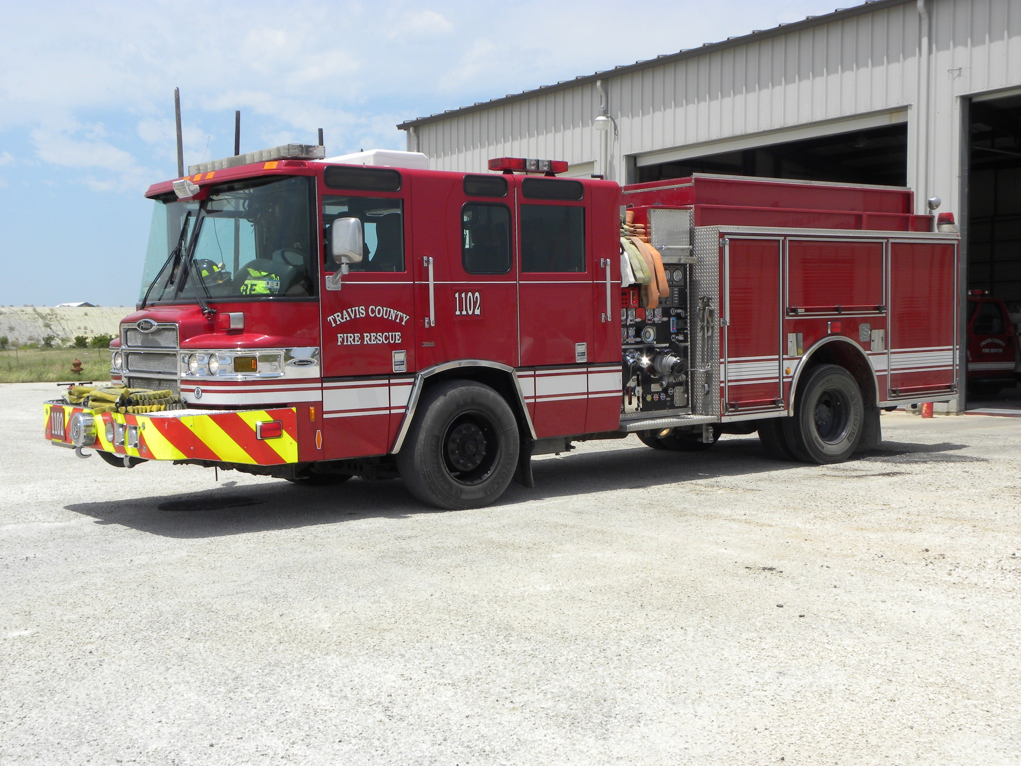 Engine 1104 (reserve unit)