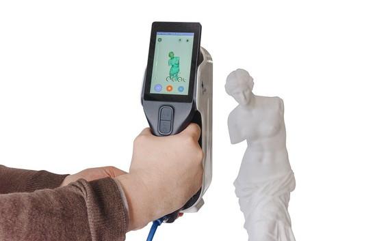 Calibry scanner scanning sculptor