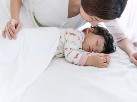 「寝かしつけ」よ。サラバ! 親子で快眠生活♪ のコツ。