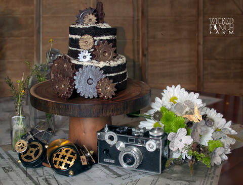 Steampunk Wedding Cake, Table Decor