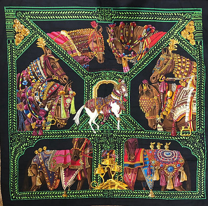 Hermes Cahsmere and Silk Scarf 1,40 x 1,40