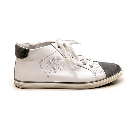 Chanel White Leather Grey Toe Sneakers