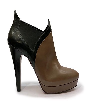 Azzedine Alaia Leather Ankle Booties