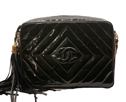 Chanel Camera Chevron Vernis Black