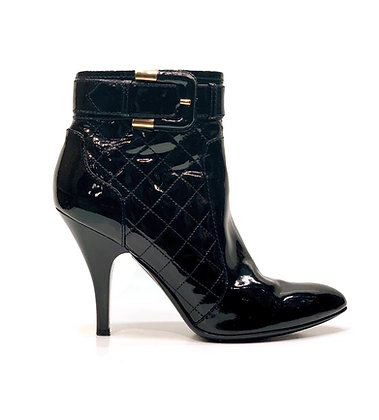 Burberry Black Patent Leather Quilted Boots