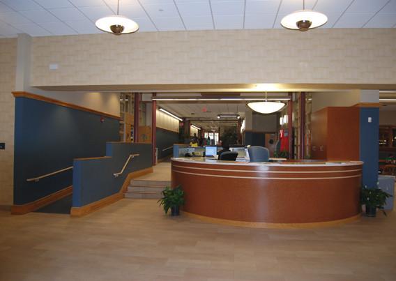 Livingston Student Center, Reception