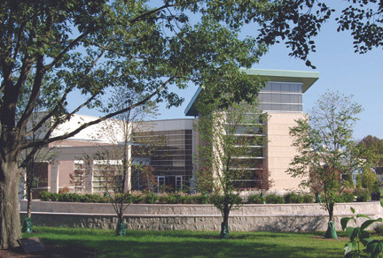 Livingston Student Center, Corner