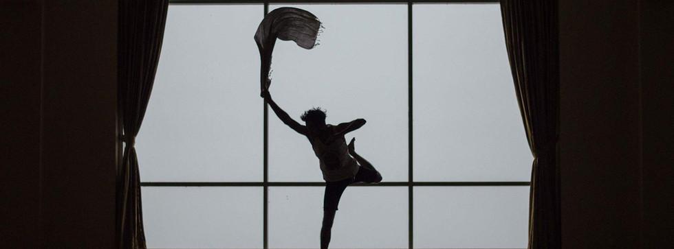 stage-dance-theatre-performing-unsplash-