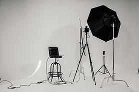 studio-setting-2388569.jpg