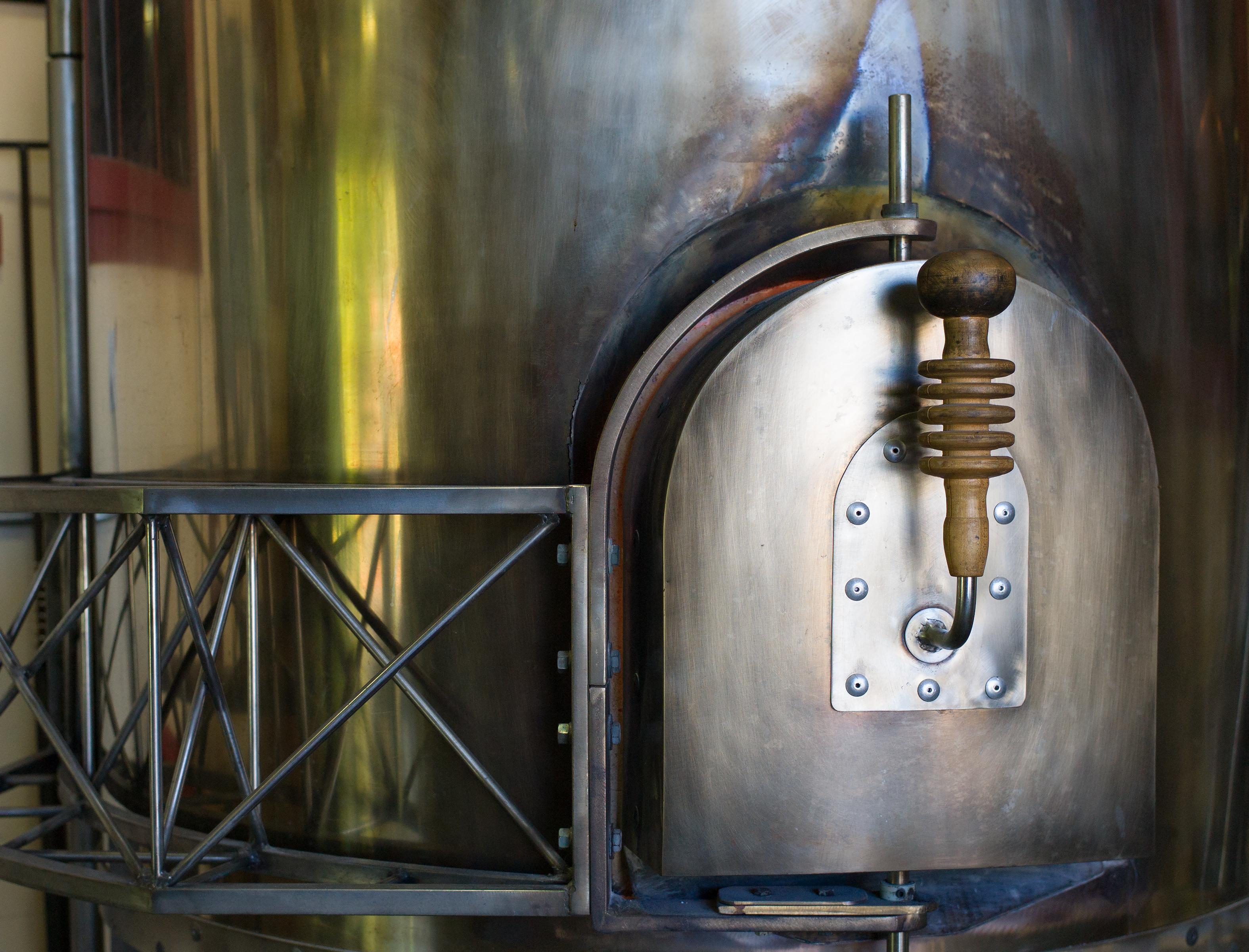 Molten GlassL1008942