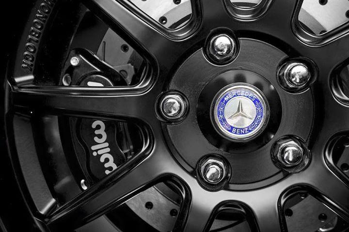 Custom wheel centers Bobby Jacks , Willwood Big Brakes