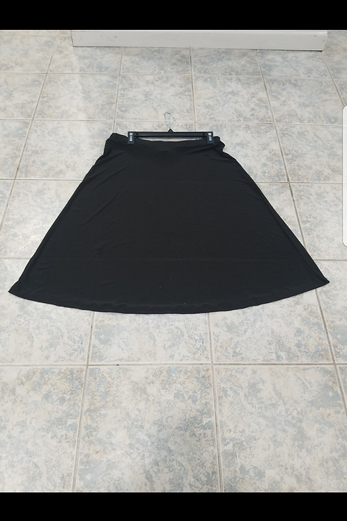 Ladies A line slinky skirt black