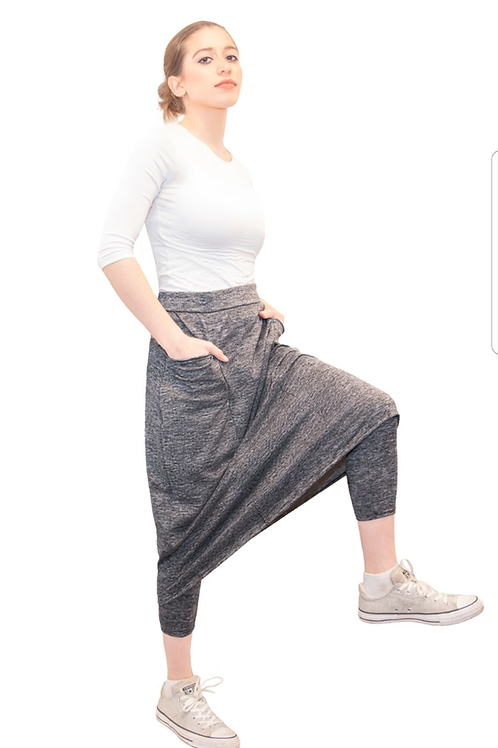 Athletic skirt with leggings