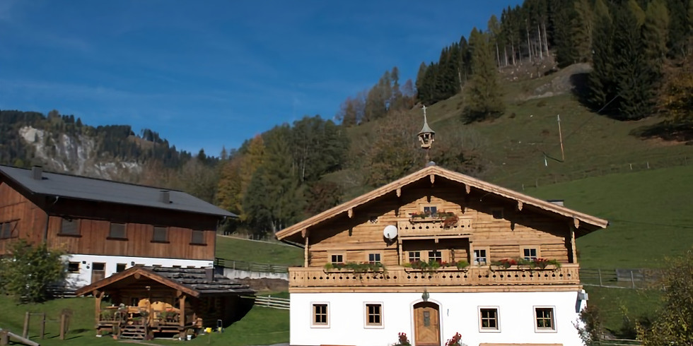 AlmYoga: Yoga und Wandern auf der Hütte Goldegg im Pongau