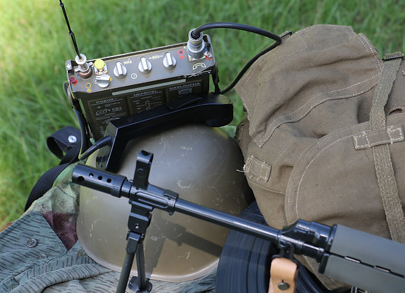RF-10 TAKT-1 field radio