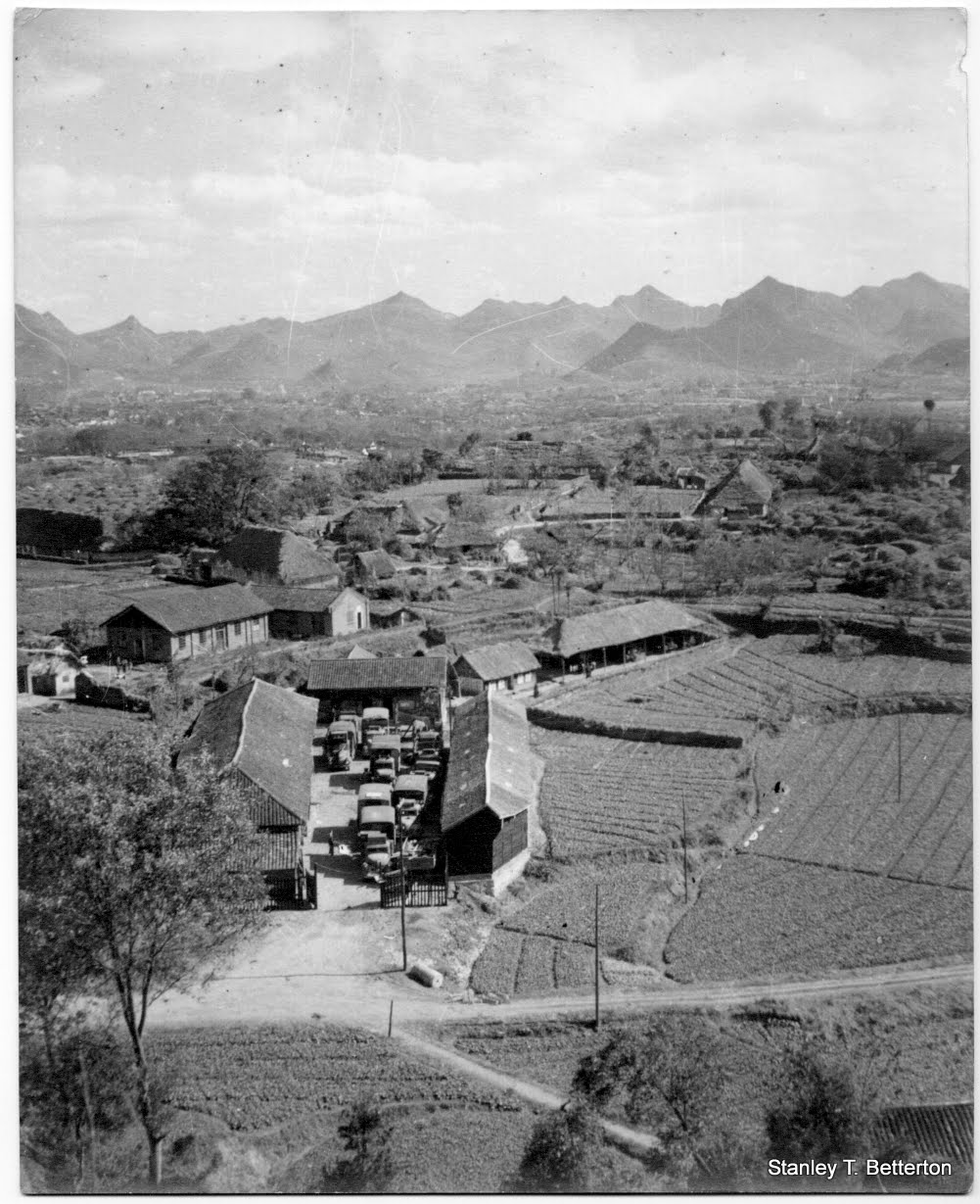 Kweiyang Garage, November 1944 (china011)