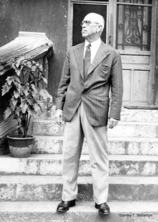 """Stamp"" Smith, Postmaster, Kunming 1941 (china008)"