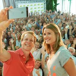 FrieslandCampina welkom thuis Epke en Dafne
