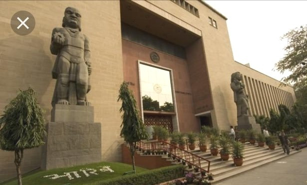 An Untold Story of Baij's Sculptures & their relationship with the  Passer-by of Sansad Marg