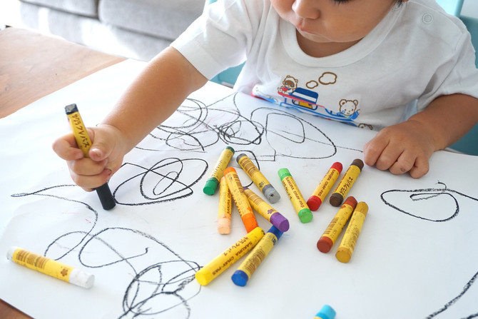 How Can Parents Foster the Love of Art in Children?