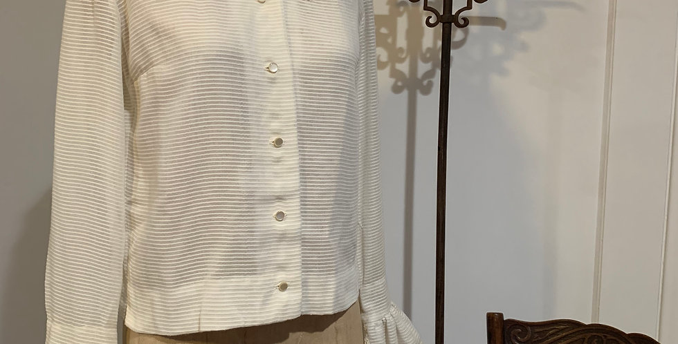 Vintage Blouse with Ruffle Collar