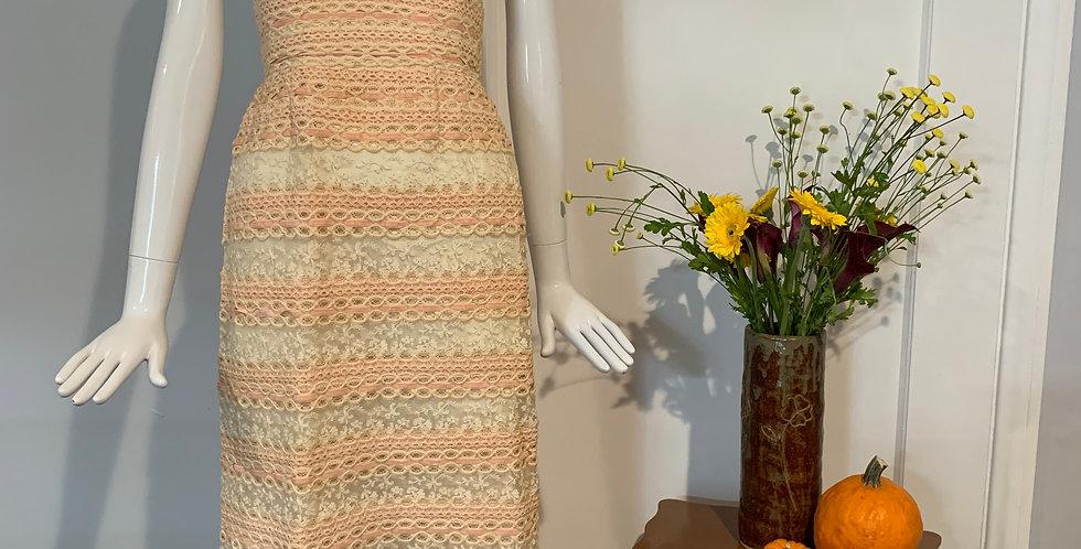 1950's Lace Ribbon Dress