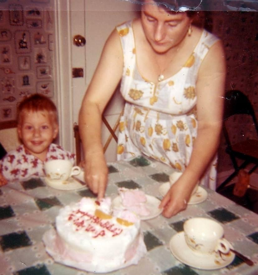Vinnie With Mom [1961]