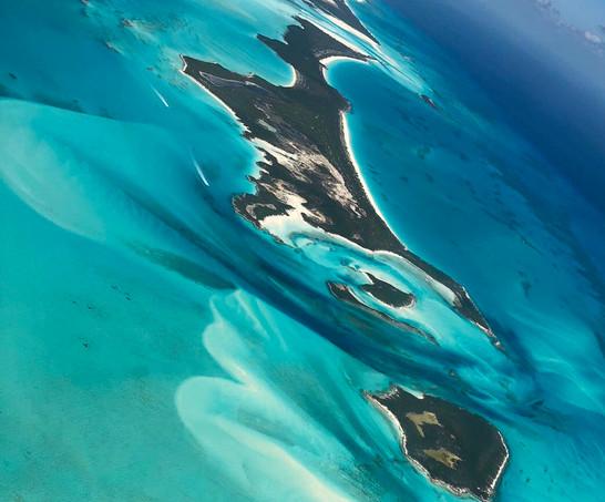 Flight into Staniel Cay
