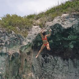 Rigleys Head, Cliff Jump, Eleuthera Bahamas
