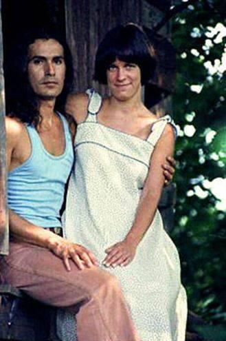 Rodney Alcala with a girl